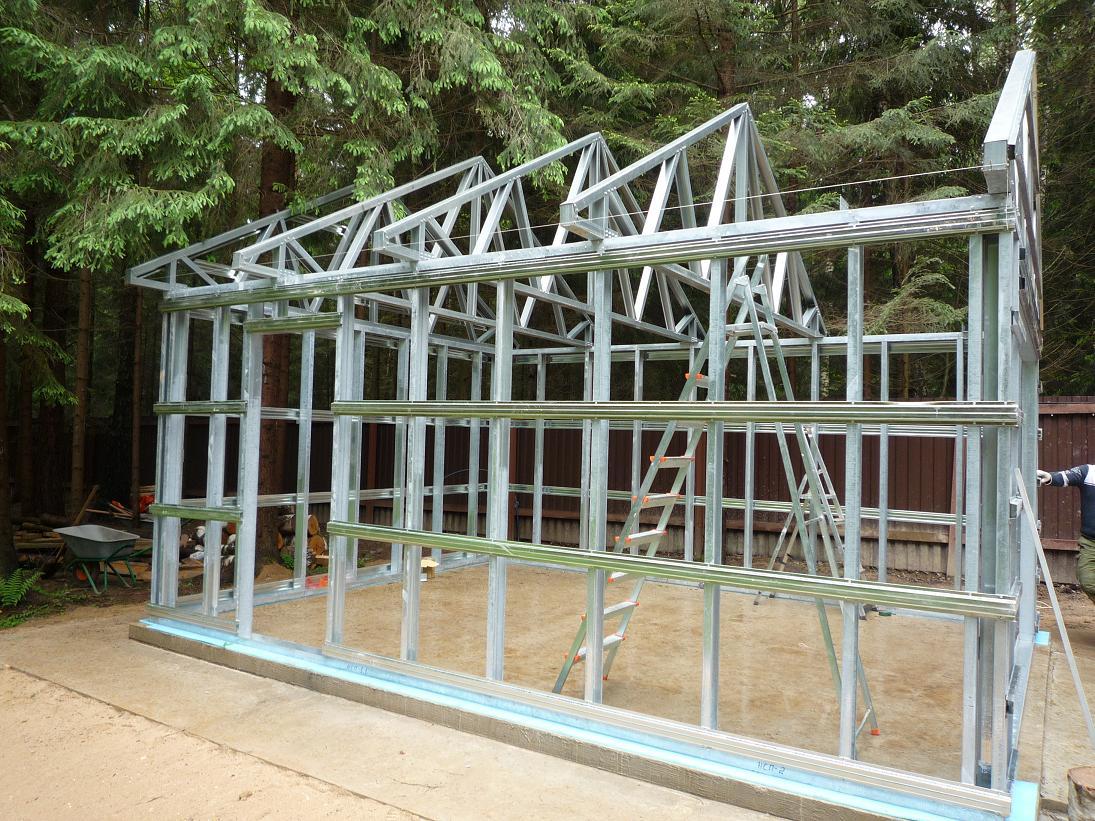 Легкие металлические конструкции: быстрое строительство гара.